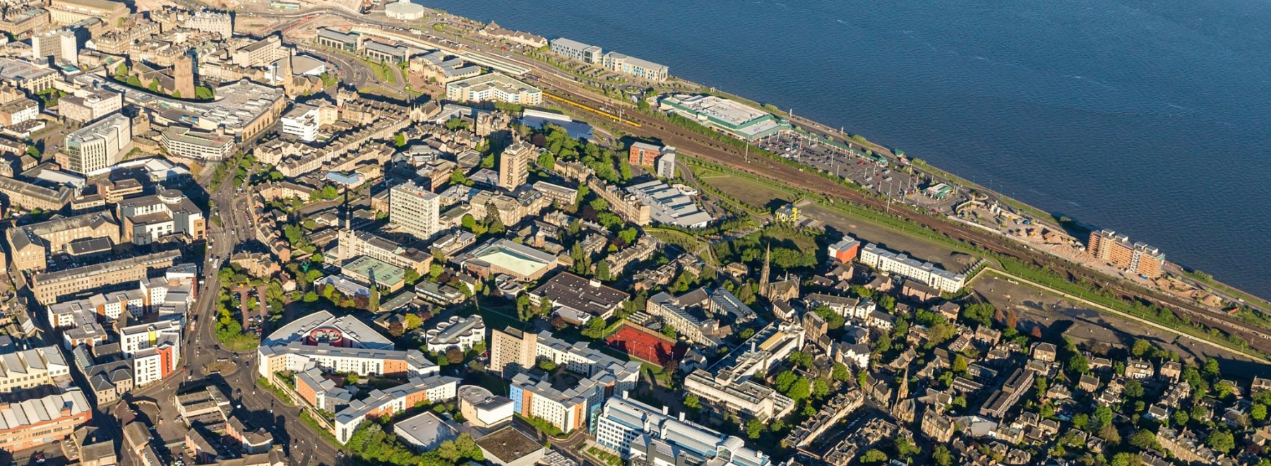 University of Dundee header