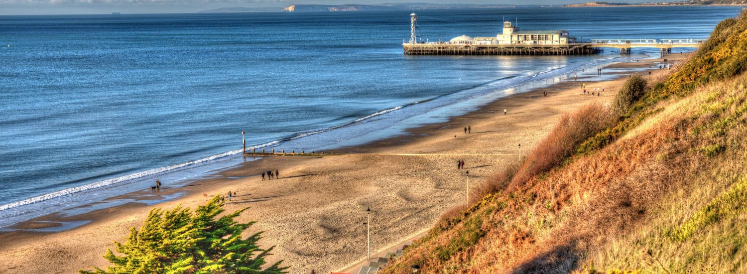 Wide-angle shot of Bournemouth beach